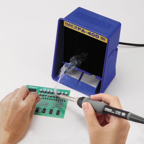 FR-702 Multi-Port Soldering, Desoldering and Rework Station