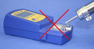 Can not use it for measuring the hot air (HAKKO FR-801, etc.) directly.